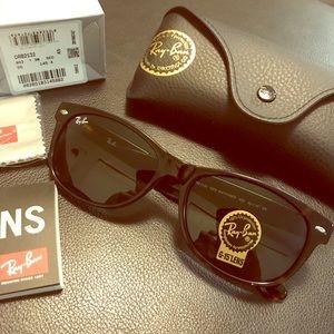 New Wayfarer Ray-Ban 2132 Tortoise 55mm Sunglasses